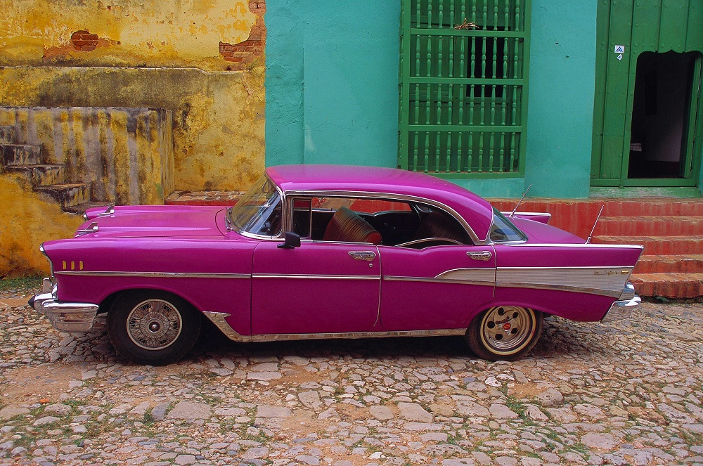CUBA09 1956 Chevrolet in the town of Trinidad 2000; copyright Christopher P Baker