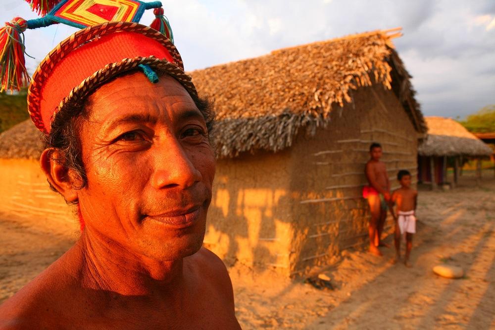 COL1392 1000px Wayuu Indian in Rancheria Sain Wayuu, Colombia; copyright Christopher P Baker