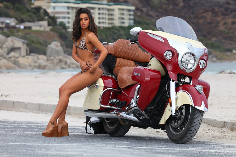 IMG_1435 1000px Kimberley Robinson and 2015 Indian Roadmaster at Hout Bay, South Africa; copyright Christopher P Baker